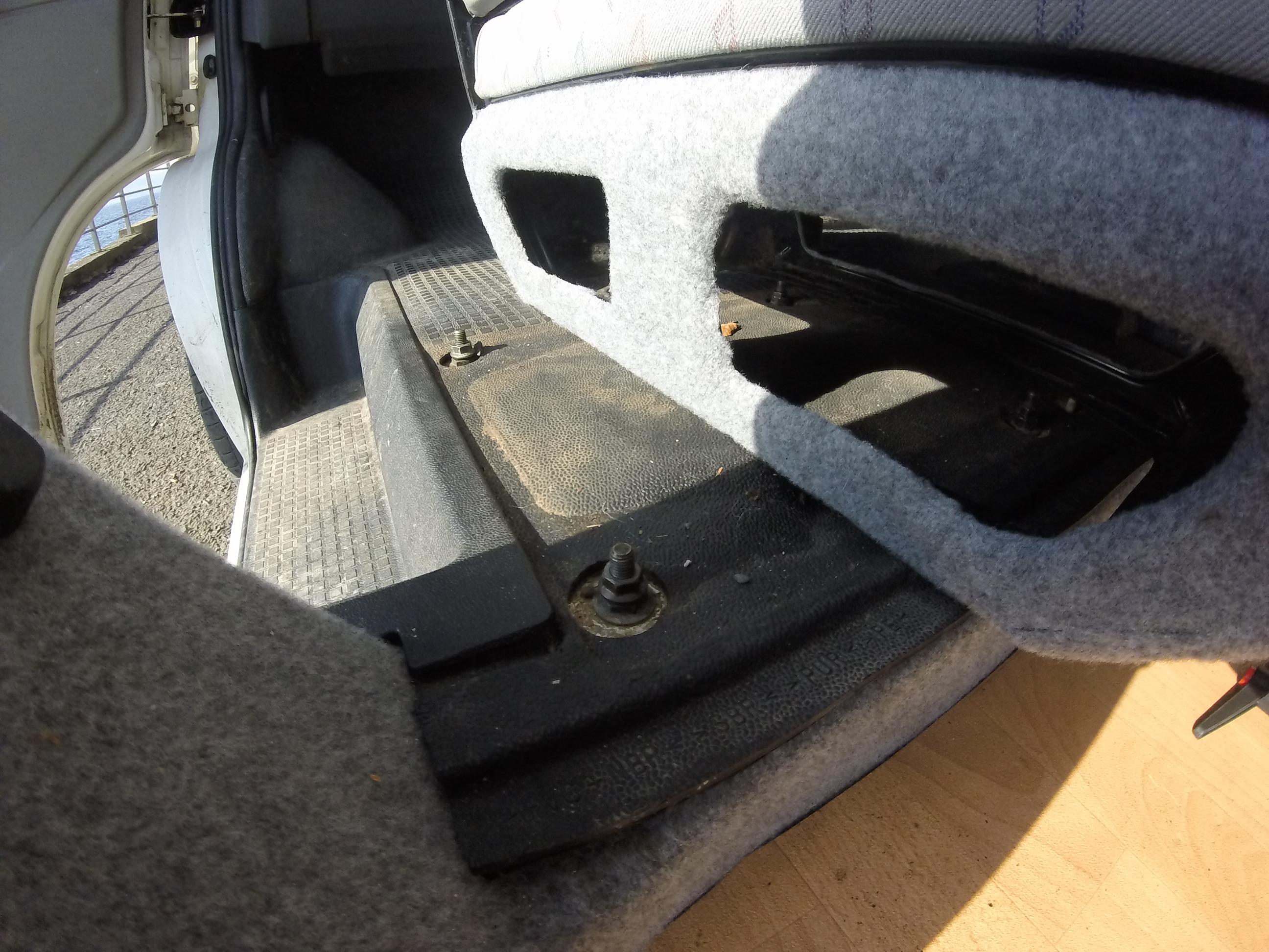 Double Swivel Seat - VW T4 Blog