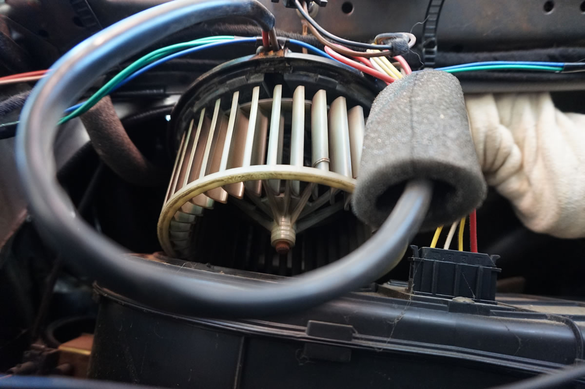 the wires are run up where the trim will cover and they then go down the  seat belt pillar i find it easiest to remove the seat belt and run some  rigid